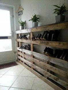 Palettenmöbel Recycled Wood Pallet Coat Racks and Shoe Racks - Diy Wood Pallet Shoe Rack Safe Cleani