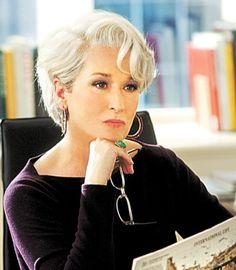 """Meryl Streep arrasando no filme """"O Diabo Veste Prada"""""""