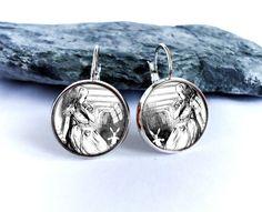 Alice in Wonderland dangle earrings picture earrings by BakGuri