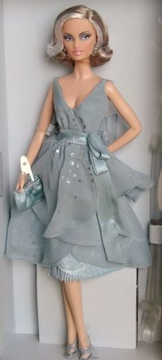 Splash of Silver Barbie | splash-of-silver-barbie-doll-2009-platinum-label-nrfb-d55ef.jpg