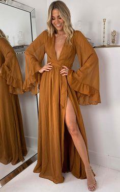 70s Outfits, Boho Outfits, Cute Outfits, Fashion Outfits, Boho Fashion, Fashion Design, Hippie Style, Beautiful Dresses, Ideias Fashion