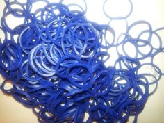 donker blauw € 1,80 voor 200 stuks inclusief sluitingen