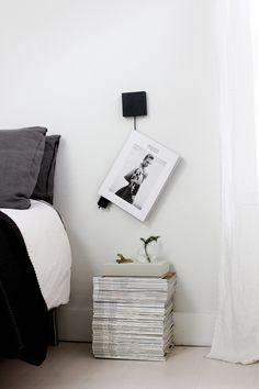 book hanger by Sanna Trotsman