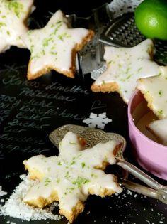 Ein leckeres Rezept für Kokos-Limetten Plätzchen- ein modernes Weihnachtsplätzchen zum Ausstechen.