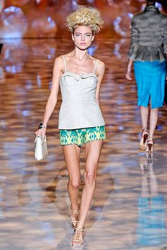 Badgley Mischka nude structured top and graphic shorts.    PS this model needs to gain some weight.