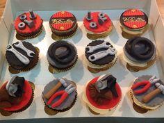 Motorbike cupcakes 1