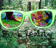 Někdy i přes zelené brýle vidím jako kdybych se dívala přes růžové..