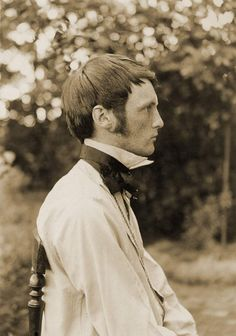 The artist, Vogeler, circa 1895,  This picture may be in black and white, but this is clearly a ginger crush!  And so broody too. :)