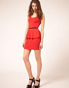 I need this vavavoooom dress.