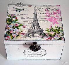 Eifellovka in den Rosen gegründet / Pupavkashop - Decoupage Decoupage Box, Decoupage Vintage, Deco Paris, Shabby Chic Crafts, Altered Boxes, Painted Boxes, Vintage Box, Craft Box, Box Design
