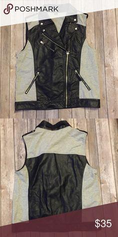 Forever21 Vest In excellent condition Forever 21 Jackets & Coats Vests