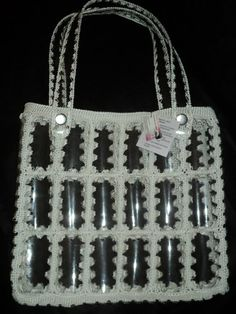 Reuse Plastic Bottles, Plastic Bottle Crafts, Crochet Shoes, Crochet Purses, Recycled Bottle Crafts, Lucy Fashion, Crochet Christmas Gifts, Diy Handbag, Bottle Bag