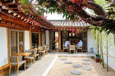 Small House Cafe in Bukchon Hanok Village