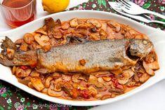 RETETE CU PASTRAV | Diva in bucatarie Romanian Food, Romanian Recipes, Fish Recipes, Salmon, Turkey, Food And Drink, Diet, Turkey Country, Atlantic Salmon