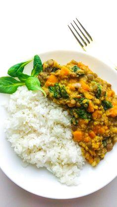 dhal z soczewicą batatami i szpinakiem Diet Recipes, Cooking Recipes, Healthy Recipes, Healthy Food, Tofu, Plant Based Recipes, Chana Masala, Risotto, Veggies