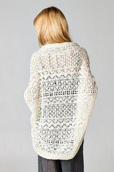 Crochet Shawl Milla Cardigan on Emma Stine Limited Crochet Shawl, Knit Crochet, Mode Lookbook, Up Girl, Swagg, Passion For Fashion, Style Me, Knitwear, Fashion Beauty