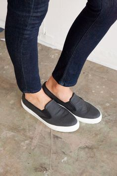 Great sporty flats.