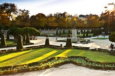 The Parterre is a garden within the Retiro Park in Madrid, nicely ...