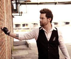 David Cook - (American Idol 7 - Winner)
