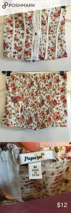Floral corset top Cute white strapless top with red floral pattern, zip up back with stretchy material. Built in cups/bra. Size medium Papaya Tops Crop Tops
