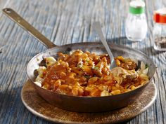 From the YOU test kitchen: Pasta and beans South African Recipes, Ethnic Recipes, Test Kitchen, Budget Meals, Food Inspiration, Macaroni And Cheese, Salads, Curry, Beans