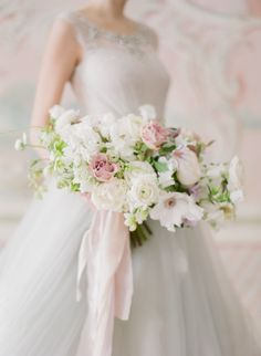 Bouquet de mariée poudré