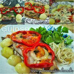 Quem gosta de sardinha? Nós amamos! Hoje a dica é uma saborosa Sardinha no Papelote (arenque)!  #Receita aqui: http://www.gulosoesaudavel.com.br/2012/11/20/sardinha-papelote-arenque/