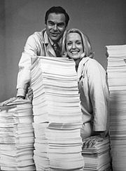 James Pritchett (Matt Powers) and Elizabeth Hubbard (Althea Davis) with ten years worth of scripts on the show's tenth anniversary
