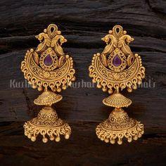 Indian Jewelry Earrings, Gold Bridal Earrings, Gold Earrings Designs, Ruby Earrings, Bridal Jewellery, Jewelry Art, Gold Jewelry, Women Jewelry, Gold Temple Jewellery