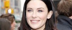 Conosciuta soprattutto per i suoi trascorsi nella serie fantasy La spada della verità, Bridget Regan torna in tv con un ruolo ricorrente nel nuovo drama di The CW Beauty and the Beast, lo riporta TVLine.