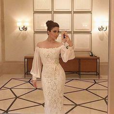 Lace dress goals , pic via @nesreentafesh #sugarweddings