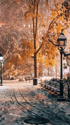 24 Ideas For Photography Winter City Beautiful Places Winter Szenen, Winter Magic, New York Winter, Winter Photography, Nature Photography, Halloween Photography, Winter Poster, Beautiful World, Beautiful Places