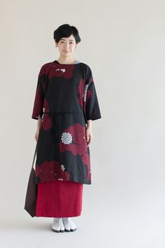 Naginata Round Sleeve Dress Chrysanthemum and Clouds Muslin : SOU • SOU US Online Store