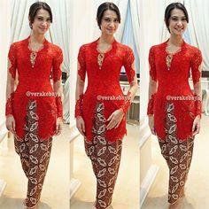fitting #kebaya #batik #lace #swarovskicrystals #beads #verakebaya ...❤️❤️❤️ - @Vera Anggraini- #webstagram