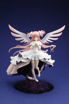 Figure JAPAN: Puella Magi Madoka Magica Edition will be the debut issue of Figure JAPAN, a figure collector's magazine that will focus primarily on female figures and focus on one work from the world of otaku per issue, as well as come with one figure of a character related to the featured work.   This first issue will include a 1/10 scale Ultimate Madoka figure and showcase Puella Magi Madoka M...
