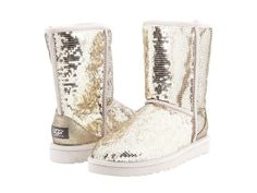 Fallen in love with these uggs a cute winter time look hard for me to find.