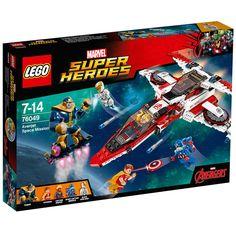 Embarque numa grande aventura pelo espaço com o espetacular Lego Super Heroes Marvel - Missão Espacial de Vingadores, um conjunto incrível que vai proporcionar uma animada aventura.   Os poderosos Thanos e Hyperion estão se preparando para atacar a Terra! Ajude Iron Man, o Capitão Marvel e o Capitão América a detê-los com o super Avenjet! Ataque com os mísseis de disparo, depois separe o mini-jato e acione seus disparadores de espigas. Conseguirão os Super Heróis salvar o planeta?   Lego…