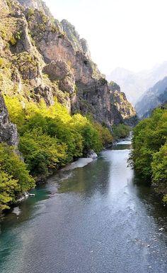 Aoos River, Epirus, Greece | Photo by Costas Tzagarakis