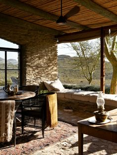 Best Home Decor Websites Uk Romancing the Stone - seven gorgeous stone hideaways! Romancing The Stone, Pergola Patio, Backyard Patio, Outdoor Rooms, Outdoor Living, Patio Flooring, Stone Houses, Cabana, Interior And Exterior