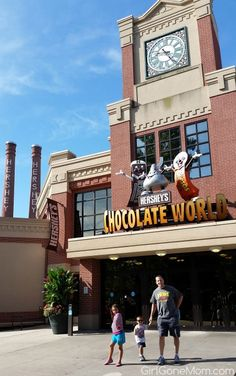 15 Hershey Park Tips Vacation Places, Vacation Destinations, Vacation Trips, Vacation Spots, Day Trips, Places To Travel, Places To Go, Vacation Ideas, Hershey Park