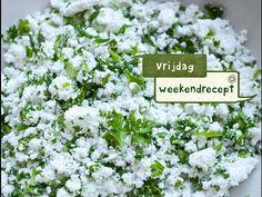 Groene kruidenkaas zelf maken met verse kruiden en karnemelk.