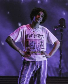 the 1975 - Novelty & More: Clothing, Shoes & Jewelry The 1975 Live, Beautiful Boys, Beautiful People, Matty 1975, Meat Puppets, Matthew Healy, Tyler Blackburn, Jamie Campbell, Queen