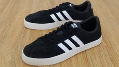 Adidas Bags, Adidas Sneakers, Amazon Purchases, Adidas Official, Hip Hop Fashion, Skate Shoes, Pinterest Board, Adidas Originals, Me Too Shoes