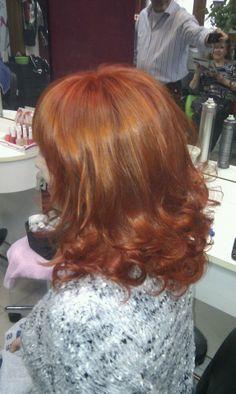 Color cabello cobre intenso con un toque de rojizo  #color #pelo #pelkuqueria #pelocobre