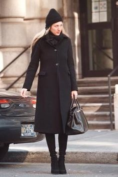 Carolyn Bessette Kennedy with Birkin bag before it became a hype