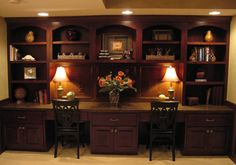 Traditional Home built in desk Design Ideas, Pictures, Remodel and Decor Traditional Office, Traditional House, Built In Desk, Built Ins, Basement Remodeling, Basement Ideas, Wall Bookshelves, Craft Desk, Desk Areas