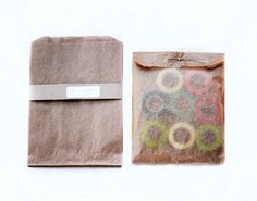 Set of 20- Kraft Matte Wax Paper Bags 7 x 10 inches with side gusset. $3.56, via Etsy.