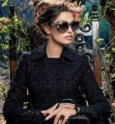 Top 10 Eyewear Trends in 2015 ... dolce-gabbana-adv-sunglasses-campaign-winter-2015-women-05 └▶ └▶ www.topteny.com/...