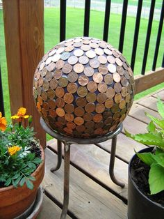 How to Make a Penny Ball for Your Garden THis would be so cute in your yard, and a way to use all those pennies that everyone has somewhere, I think I am going to make one for my yard