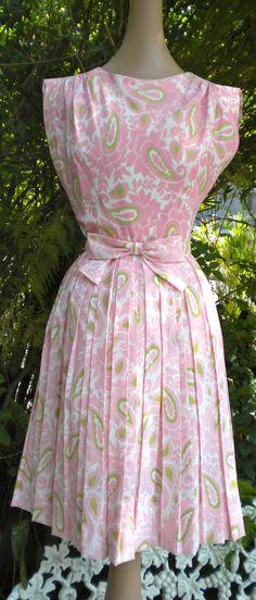 LUSCIOUS Pink & Green Paisley Dress 1950s Garden Party
